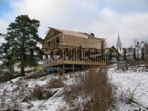 Дом на фундаменте из винтовых свай
