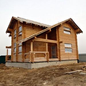 строительство дома под крышу